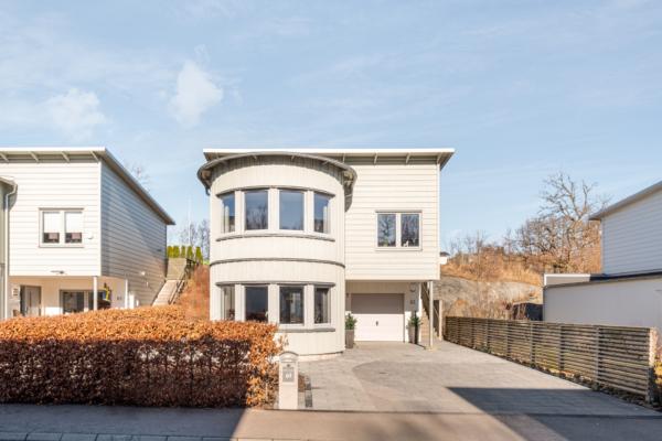 Efterlängtat och alldeles underbart hus i Lilleby!
